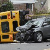 Los Mejores Abogados en Español Expertos en Demandas de Accidentes de Camión en East Los Angeles California