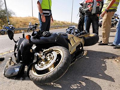Consulta Gratuita en Español con Abogados de Accidentes de Moto en East Los Angeles California