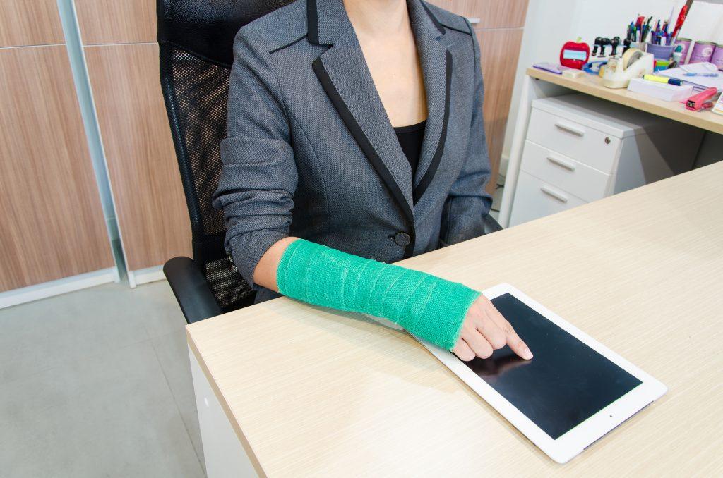 La Mejor Asesoría Legal de Abogados de Accidentes de Trabajo, Demanda de Derechos y Beneficios Cercas de Mí en East Los Angeles California